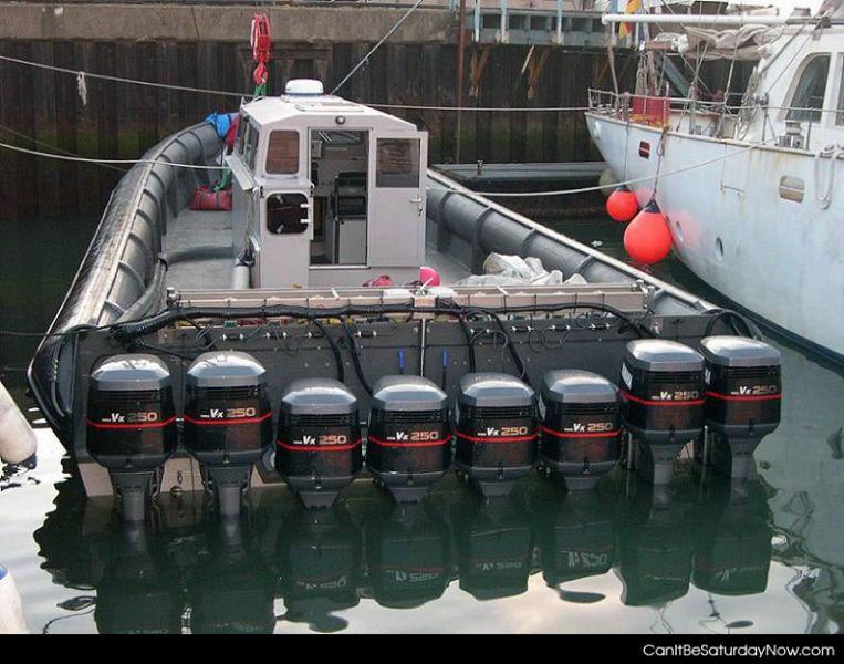 2000hp boat
