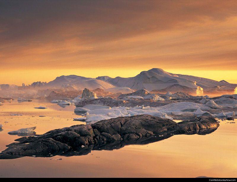 Flat cold sea