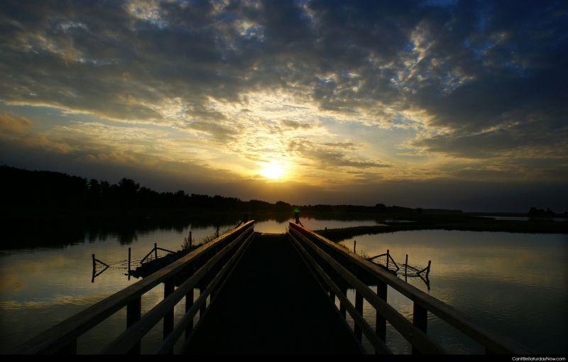 Pier sun set