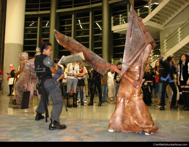 Pyramid head fight