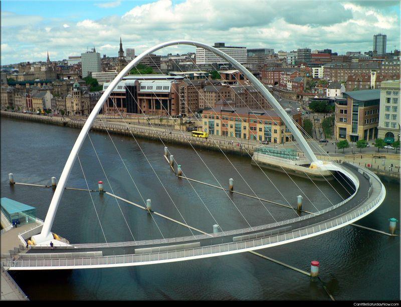 Curve bridge
